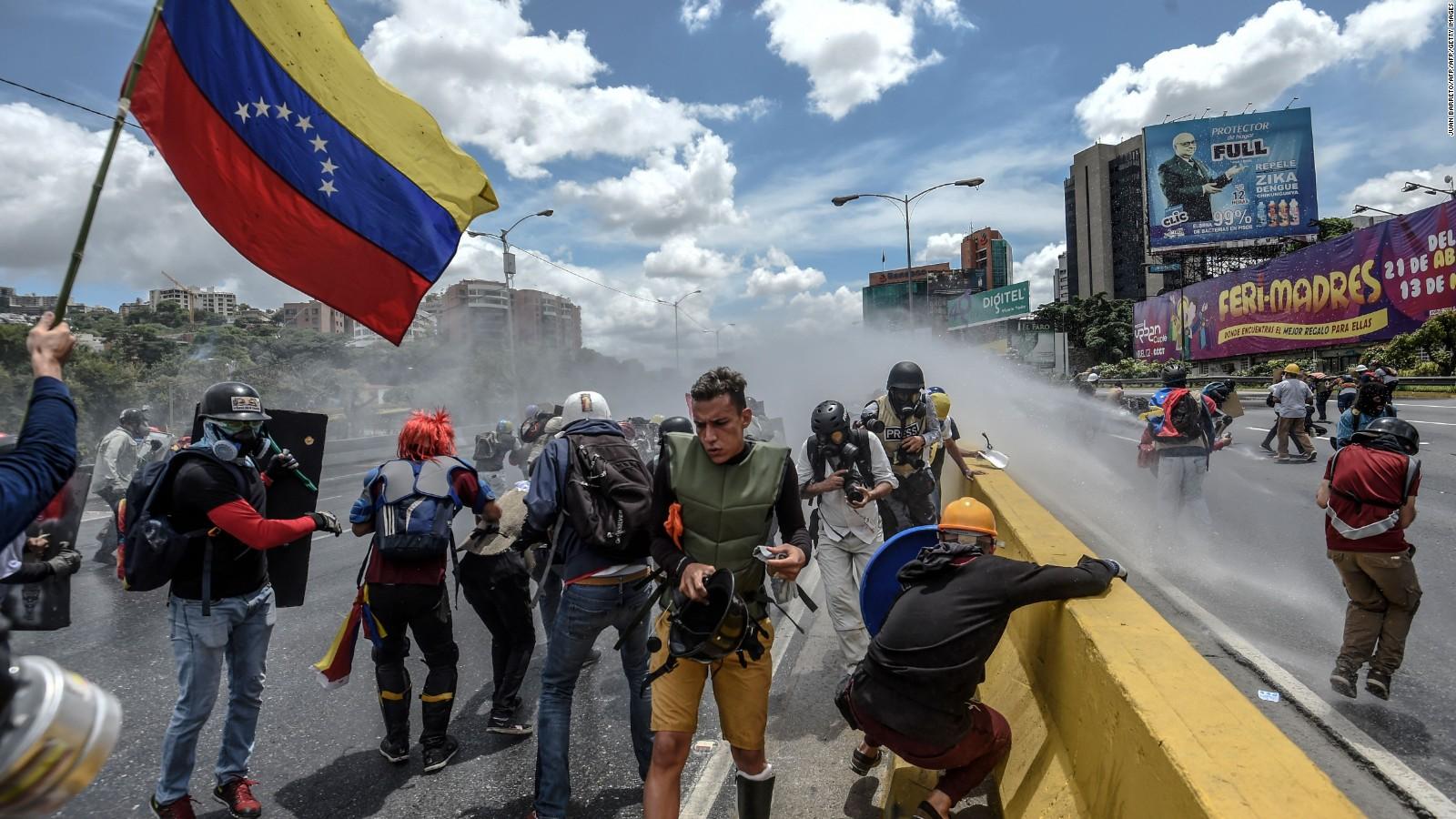 170620142106-protest-venezuela-francisco-fajardo-june-19-full-169